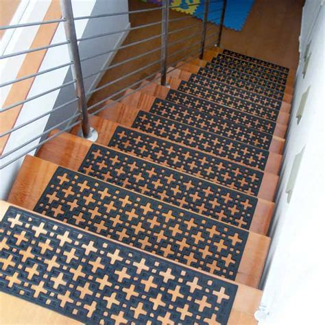 """Stars"" Rubber Stair Treads"