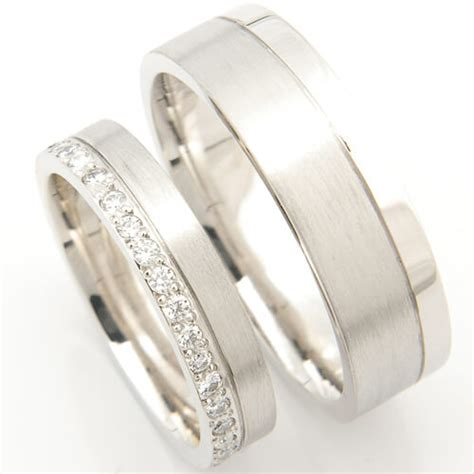 Eheringe Einfach platinum matching pair of wedding rings form bespoke