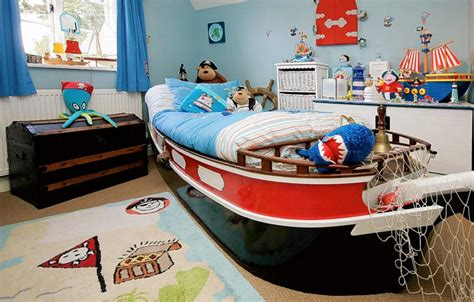 theme bed 27 cool kids bedroom theme ideas digsdigs