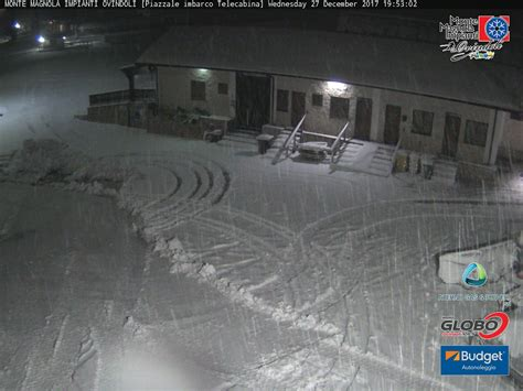 ovindoli capodanno ovindoli sotto la neve pronto ad accogliere i turisti per