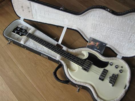 Sg Nothing Black gibson sg bass original in white