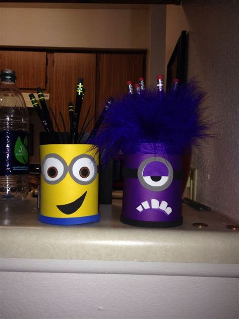 Pensil Minion minion pencil holders genius pencil holders crayons and pots