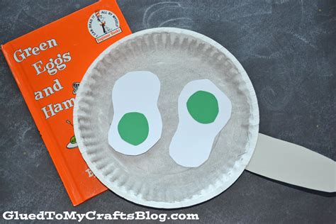 dr seuss paper plate craft paper plate dr seuss green eggs kid craft glued to my