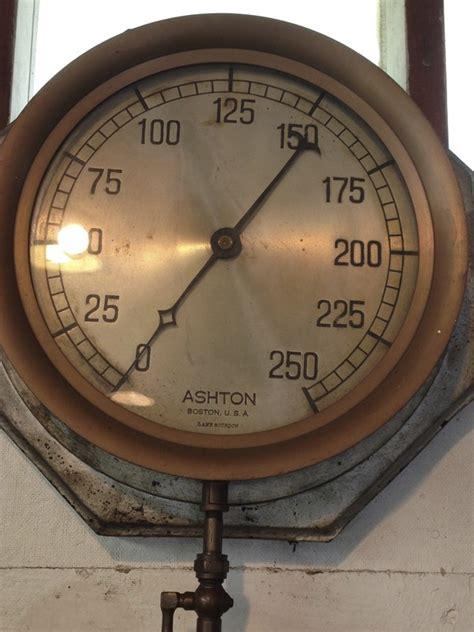 ashton steam pressure gauge  england wireless steam museum
