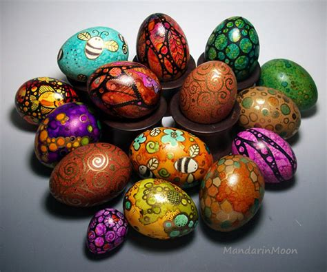 painting easter eggs 30 beautiful easter eggs designs decoration ideas
