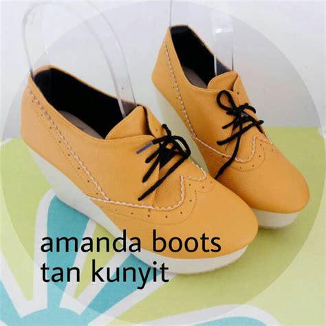 Sepatu Boot Cewek 6 jual sepatu wedges boot wanita cewek amanda kulit