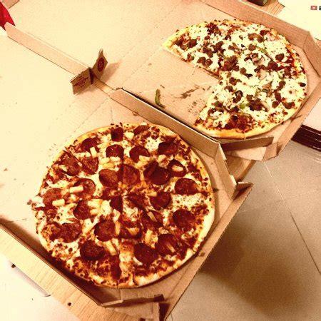 domino pizza qatar domino s pizza doha al mirqab st restaurant reviews