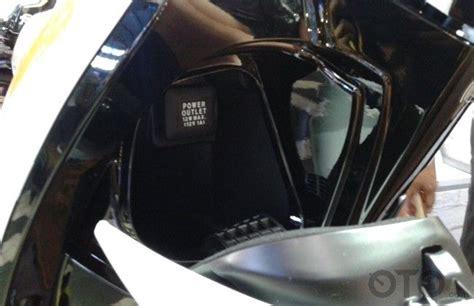 Box Depan Scoopy Enam Perbedaan Honda Scoopy Terbaru Oto