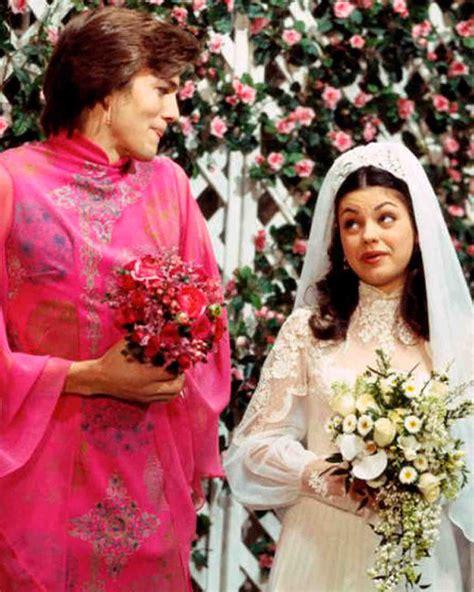 Bantal Custom Wedding Series Gratis Desain iconic tv wedding dresses that stole the show martha stewart weddings