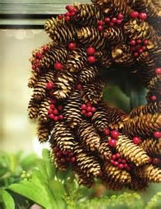 more pine cone craft ideas 18 pics