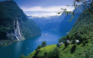 Geiranger fjord wallpaper nature wallpapers 18297