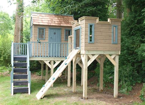 treehouse to play childrens treehouse with lookout tower treehouses the