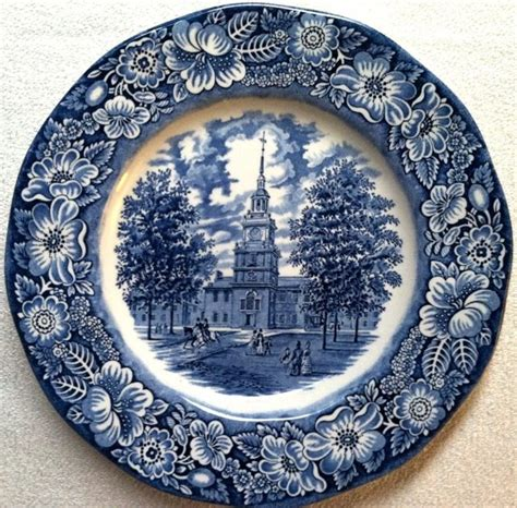 blue pattern crockery 66 best classic blue vintage china images on pinterest