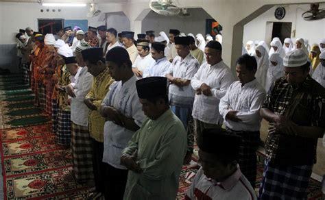 Shalat Tarawih Lkis Pustaka Pesantren ingin shalat tarawih khusyu matikan pengeras suara nu