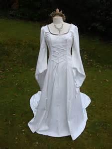Renaissance Style Wedding Dress » Home Design 2017