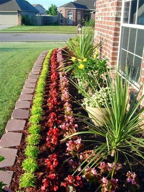 front yard flower beds 1000 images about outside on pinterest fire pits back
