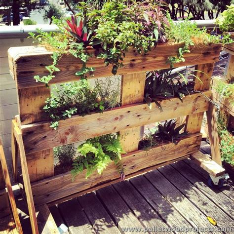 Pallet Planter Ideas by Planters Made Out Of Pallets Pallet Wood Projects