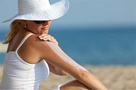 Beat Sunscreen In January by Protect Your Skin And Hair In Summer Fashion Trends And Tips
