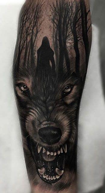wolf tree tattoo 740 best wolf tattoos images on animal tattoos