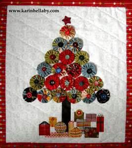 jovial christmas tree wall hanging 171 moda bake shop