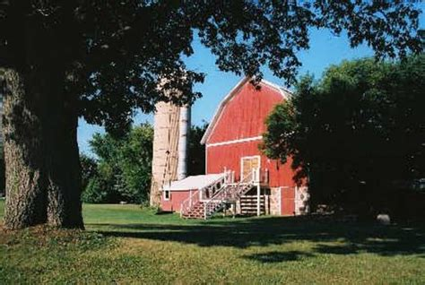 willow pond bed and breakfast barn