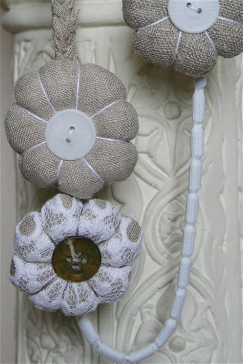 Handmade Fabric Flower Patterns - fabric flower necklaces pattern make handmade crochet