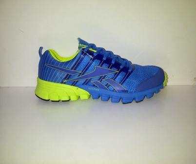 Harga Reebok Realflex toko sepatu sepatu reebok realflex