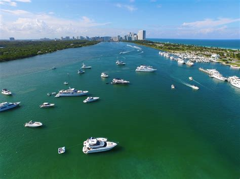 boat rental miami party miami things to do by boat party boat and yacht rental
