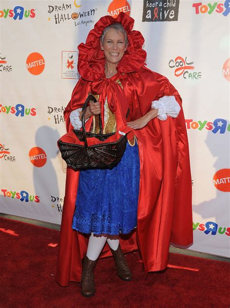 jamie lee curtis halloween costume jamie lee curtis wore a red riding hood outfit to the