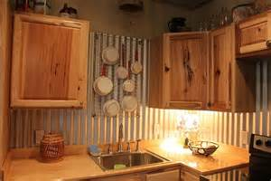 corrugated tin back splash the pot holder