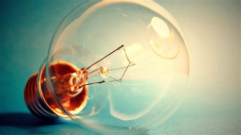 idea wallpaper an idea strikes a light bulb hd wallpaper wallpaper