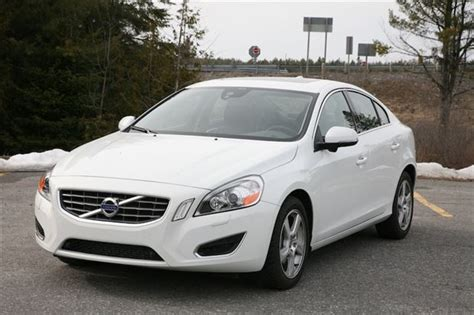 volvo s60 t5 2013 review day by day review 2013 volvo s60 t5 awd autos ca