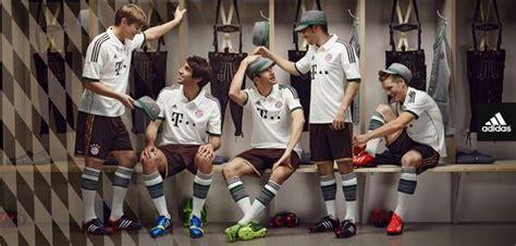 Jersey Bayern Munchen Home 1314 Retro bayern munich unveil their brand new lederhosen inspired