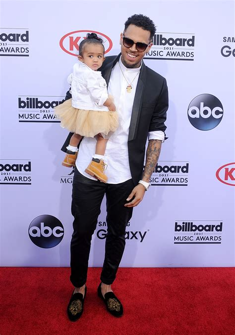 chris brown and girls chris brown and baby mama nia guzman agree to co parent