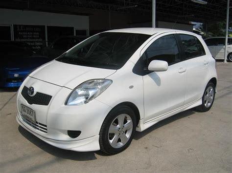 Car Rental Avis Phuket Un Buen Coche De Conducci 243 N 01 30 15