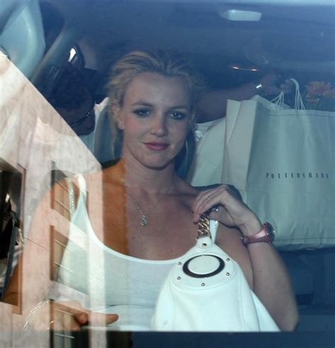 Style Britneys Bag by More Pics Of Leather Shoulder Bag 1 Of 16
