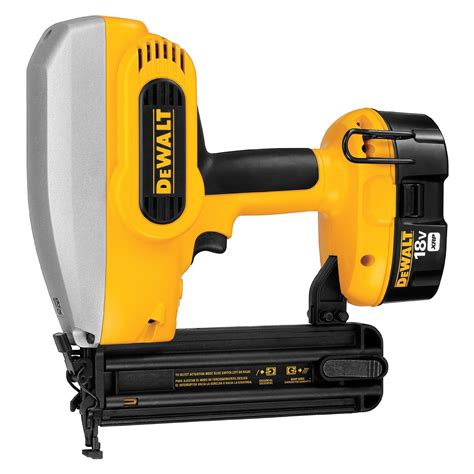 Brad Nailer Vs Finish Nailer   Popular Power Tools