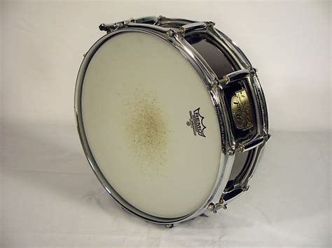 Snare Drum Pearl Signature Series Chad Smith pearl chad smith signature series 5x14 black nickel plated