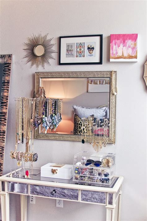 Organize Vanity Table 339 Best Room Decor Images On Mint Bedrooms Bedroom Ideas And Room Ideas