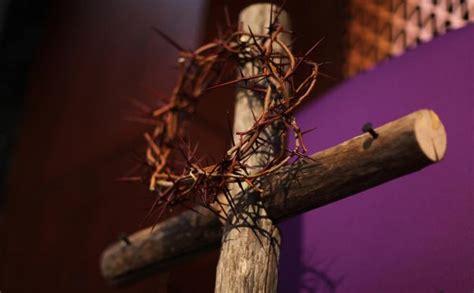 Nice What Does The Catholic Church Believe #1: Lent-cross-crown-thorns-627x388.jpg
