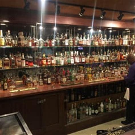 Top Bars In Louisville Ky by Jockey Silks Bourbon Bar 16 Photos 24 Reviews