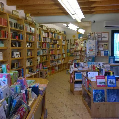 libreria segnalibro libreria il segnalibro piove di sacco edizioni dbs