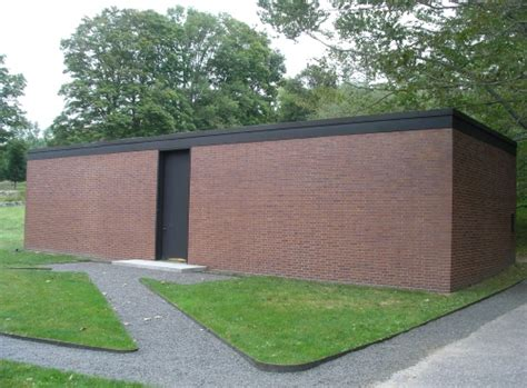 she s a brick house historic buildings of connecticut 187 blog archive 187 the philip johnson brick house 1949