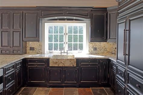 wood valance kitchen sink is that refered to as a wood valance the window