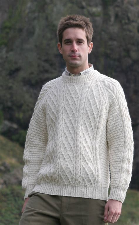 how to knit aran sweater gents mens knitted luxury aran sweater cairngorm by