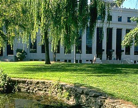 Uc Berkeley Mba Average Gpa by The Of California Berkeley Studentsreview