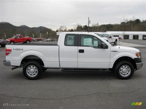 Ford F150 Xl by Oxford White 2011 Ford F150 Xl Supercab 4x4 Exterior Photo