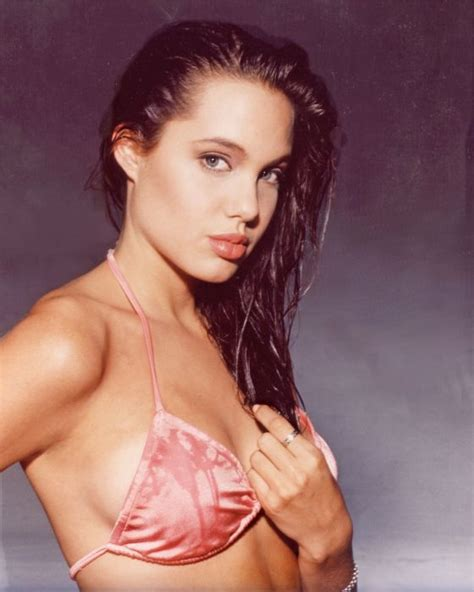young celebrity photo gallery young angelina jolie photos young angelina jolie 36 pics