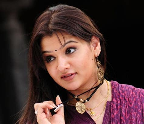 actress died in surgery indian actress aarti agarwal dies following liposuction