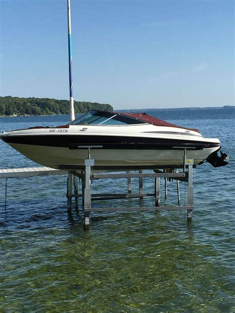 19 ft boat maxum 19 ft 2000 used boat for sale in brechin ontario